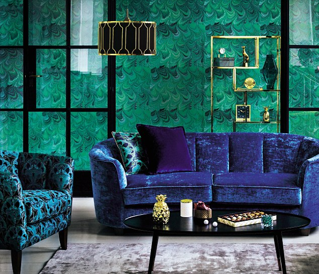 Style your home in trendy colors Petrol/Purple and Emerald Green